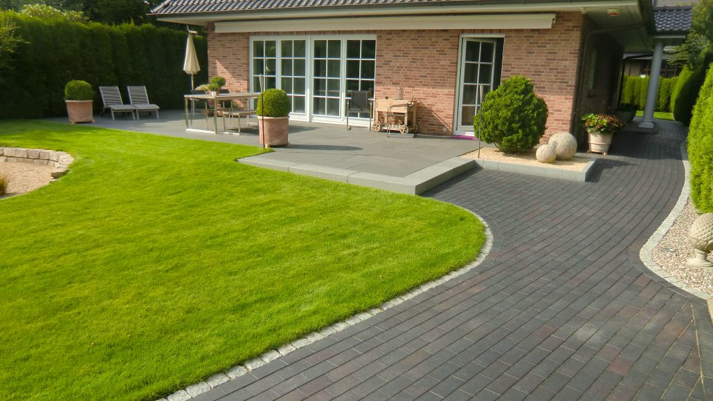 rasen anlegen oder pflegen garten landschaftsbau j rgen wegner. Black Bedroom Furniture Sets. Home Design Ideas